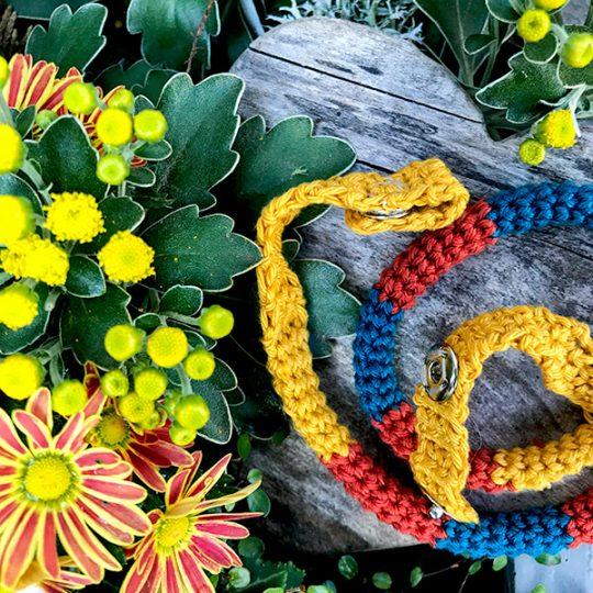 Maskenkette mit Blumen für Alltagsmasken